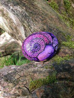 Cycle purple dragon / main peint Pierre / fantastique par Mammabook