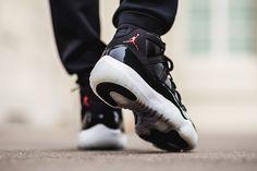 1b0f052c13846 Air Jordan 11 72-10 378037-002 Kicks Shoes
