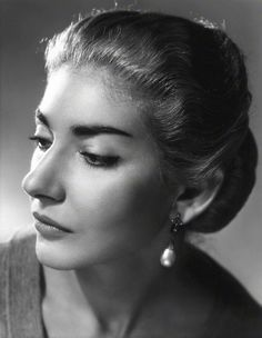 Maria Callas in a 1955 photograph by Angus McBean