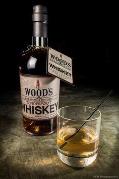 Tenderfoot Whisky è un single-malt whisky, invecchiato in botti di rovere americano da 100 litri. E' costituito da una combinazione di malti, con una piccola quantità di malto di segale e malto di grano per dare equilibrio con sentori di fumo, cioccolato e spezie.