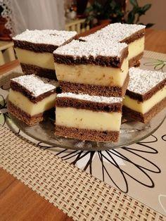 Tiramisu, Dessert Recipes, Ethnic Recipes, Food, Kuchen, Essen, Meals, Tiramisu Cake, Desert Recipes