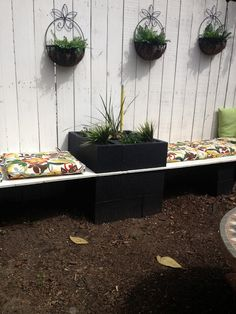 Pinspirational Projects: Outdoor sectional, cinder block planter benches