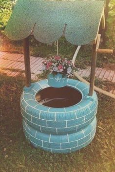 tire yard decore, ottaman's for Sale in Mobile, AL - OfferUp DIY Wishing Well Tire Planter - DIY Tire Planter Ideas 13 Ideias de Jardim com Pneus Para Você Copiar Tire Garden, Garden Yard Ideas, Garden Crafts, Garden Art, Garden Whimsy, Garden Junk, Garden Decorations, Glass Garden, Backyard Playground