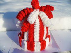 SALE 30 OFF  Red & White Child's Hat with Curly Q's by ACCrochet, $12.00