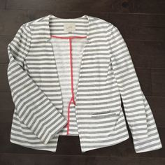 """NWOT LOFT striped French terry open jacket Sz M Never worn French terry gray and cream striped blazer. Thread still sewn in on back flap and security wash tag still uncut. Fit is fairly snug, particularly in the bust area. Shoulder to hem is about 23"""", bust is about 15-16"""" lying flat. LOFT Jackets & Coats Blazers"""