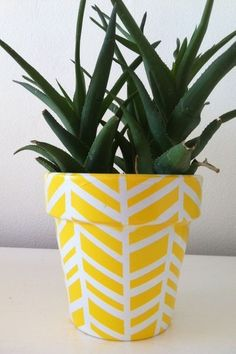 large_Fustany-Lifestyle-DIY_Creative_Ways_to_Decorate_Flower_Pots-2