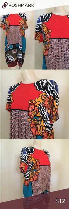 "EXPRESS Multi-Print Abstract Sheath Dress Medium Express Women's size medium 100% Rayon Bust 38"" Waist 40"" Length 37"" Excellent preowned condition Express Dresses"