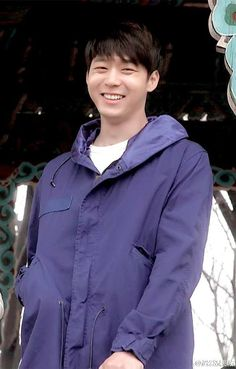 """New Still of Yoochun in """"The Girl Who Can See Smells"""""""