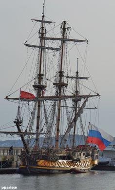 """le  """" Shtandart""""  de Saint Petersbourg"""