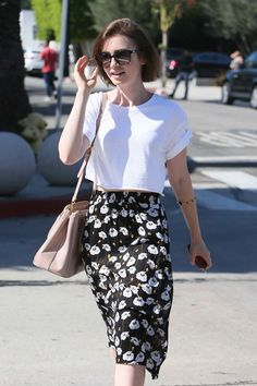 How to Wear a Floral Midi Skirt like Lily Collins