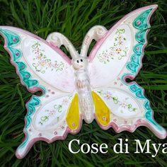 #Farfalla gigante in #ceramica  CONTATTI  cosedimya@gmail.com   WhatsApp 3495474969   #CosediMya #fattoamano #handmade #ceramica #ceramics #ceramicart #ceramicarts #ceramicartist #farfalle #farfalleceramica #madeinitaly #artigianatoitaliano #bomboniere #idearegalo #decorazionipareti #farfallebomboniere #maioliche #butterfly #butterflies #primacomunione #shoppingonline #shopping #matrimonio #torredelgreco #napoli