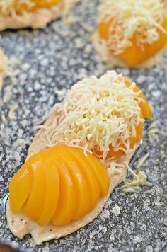 Gyors, sajtos-őszibarackos csirkemell – Rupáner-konyha