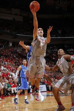 Aaron Craft, doing work and looking good while doing it ;)