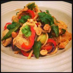 Lykkes Lækkerier: Thai-wok med kylling og rød karry - Panaeng Gai