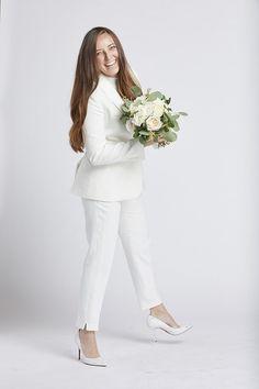 Women's White Tuxedo Jacket #weddings #whitesuit #tuxedo Rehearsal Dinner Looks, Female Tux, White Tuxedo Jacket, V Shape Cut, Stylish Suit, Groomsmen Suits, White Suits, Type Of Pants, Courthouse Wedding
