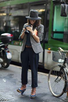 On the Street…Garance Doré, Paris & Milan « The Sartorialist The Sartorialist, Fashion Moda, Fashion Week, Look Fashion, Autumn Fashion, Womens Fashion, Milan Fashion, Casual Chic, Street Style