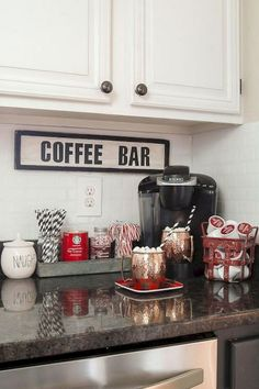 Cool 45 DIY College Apartment Decorating Ideas on A Budget https://insidecorate.com/45-diy-college-apartment-decorating-ideas-budget/