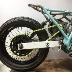 Jambon-Beurre Motorcycle produced custom electric motorcycle with power Jambon-Beurre Motorcycle is a custom bike shop based in Paris run by Antonin and Benjamin. By the looks, it seems that these guys have fun and enjoy their Scrambler Custom, Custom Motorcycles, Custom Bikes, Honda Motorcycles, Vintage Motorcycles, Moto Ducati, Moto Bike, Cool Bicycles, Cool Bikes