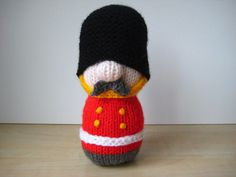 Free Knitting Pattern Toy Soldier : 1000+ images about Red on Pinterest London bus, Knitting ...