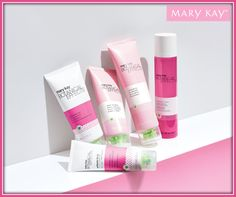 Limpia, Revitaliza, Refresca e Hidrata tu piel con Botanical Effects® de Mary Kay.
