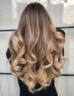 Discover here the Best Ideas of Balayage Hairstyle for Long Wavy Hair. Just wear this Style and it's time to Inspired the other girls.