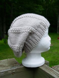 Reversible toddler's slouchy hat