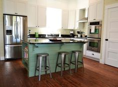 Nantucket House w-Cottage - Oceanfront Home - Seabrook Washington Vacation Rentals