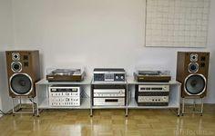 Vintage audio hi fi stereo turntable speakers