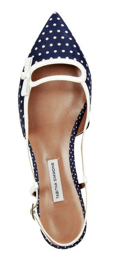 Navy dot flats by Tabitha Simmons Cute Flats, Cute Shoes, Me Too Shoes, Pretty Shoes, Beautiful Shoes, Shoe Boots, Shoes Sandals, Ugg Boots, Stilettos