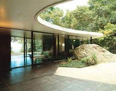 Brazilian Modernist architect Oscar Niemeyer designed his family house in 1951 in São Conrado, inside a forest close to Rio de Janeiro. Discover more clicking on the image
