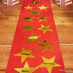 pink carpet invitations | Hollywood Party Ideas for the Oscars - Party City