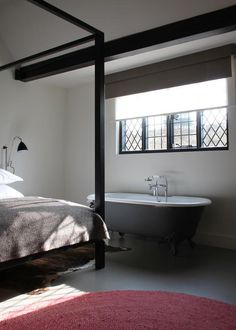 This Tudor coaching inn, in the heart of the English shires, has been reinvented for the modern age, with Ilse Crawford-designed contemporary rooms and two Michelin-starred chef Atul Kochhar behind its casual restaurant. Luxury Interior, Interior Design, English Interior, Hotel Concept, Georgian Homes, Ceiling Beams, Commercial Interiors, The Crown, Magazine Design