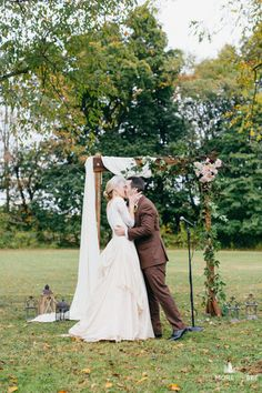 Our beautiful couple, Ashley and Sean, at The Inn at Barley Sheaf.  Flowers by Love 'n Fresh Flowers.  Photo by The More We See.