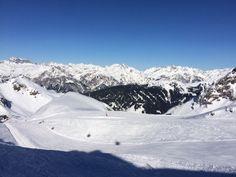 Sonnenschein beim Skifahren - das nenne ich traumhafte Skibedingungen. Die Pistenverhältnisse sind super :-) Selbst ausprobieren!! Super, Mount Everest, Mountains, Nature, Travel, Sunshine, Ski, Naturaleza, Viajes