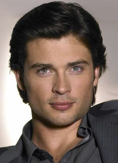 Tom Welling-Who is this national treasure? Do tell someone.