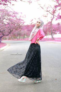Black lace skirt, pink shirt, grey printed scarf, pink lip, mint floral wedges , bracelets