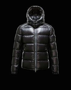 d084c325e62b Manteau Moncler, Fashion Bags, Fashion Trends, Mens Fashion, Korean  Fashion, Fashion