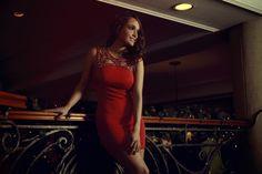 Arts by ofertasenmiami presenta Christmas Collection con la actriz y modelo Lali Gonzales