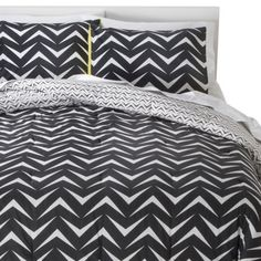 Room Essentials® Geo Comforter Set