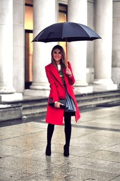 LOOK OF THE DAY – Christmas time in the city | Make Life Easier
