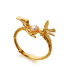 Pearl nest ring in 18 karat yellow gold vermeil by Alex Monroe,  Astley Clarke.