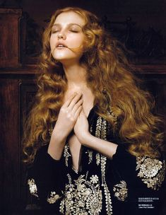 Magazine: Vogue China (January 2007) Editorial: Renaissance Photographer: Pierluigi Maco Model: Vlada Roslyakova