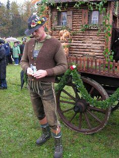 Folk Costume, Costumes, German Outfit, German Men, Beer Fest, Lederhosen, Alps, Leather Men, Trendy Outfits