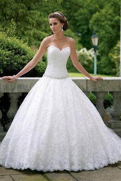 Llamativos vestidos de novia   Colección David Tutera for Mon Cheri 2014