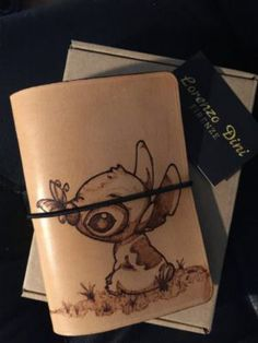 Travel's notebook a tema lilo e stitch #etsy #disney #midori #italianleather #craft #love #planner #travelersnotebook #handmade