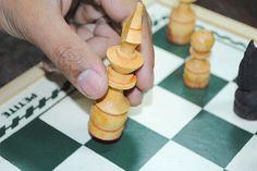 Wiki-how: How to teach Chess in 3 lessons