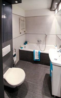 Budget Bathroom Remodel Ideas That Work. However, some bathroom renovations can be costly. Because some remodeling jobs are expensive, some people ma Budget Bathroom Remodel, Bathroom Renovations, Home Remodeling, Tub Remodel, Shower Remodel, Beautiful Small Bathrooms, Amazing Bathrooms, Half Bathrooms, Bathroom Trends
