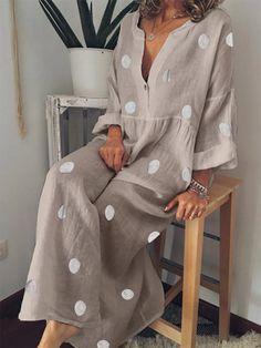 ROBES shop – Long Sleeves Boho V-neck Cotton Dresses online. Wineries … – ROBES shop – Long Sleeves Boho V-neck Cotton Dresses online. Mode Hippie, Mode Boho, Sexy Maxi Dress, Maxi Shirt Dress, Dress Casual, Long Sleeve Casual Dresses, Stylish Dresses, Plus Size Bohemian, Polka Dot Maxi Dresses