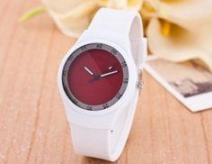 5b4841397f4 Moderní dámské silikonové hodinky červené – dámské hodinky Na tento produkt  se vztahuje nejen zajímavá sleva