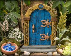 Puerta de hadas jardín de hadas azul seta por EnchantedPumpkinArt